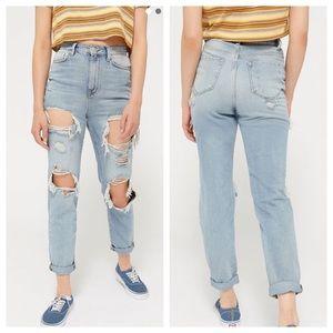 UO BDG Mom High Rise Destroyed Vintage Jean